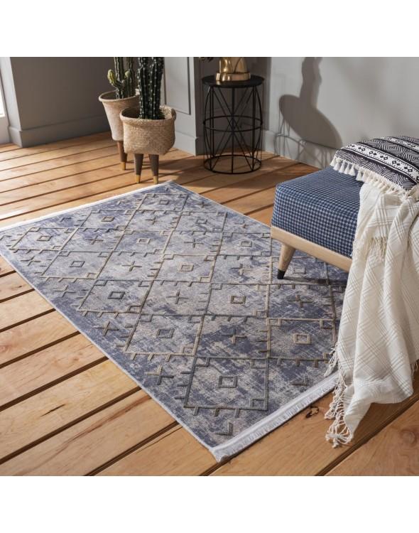 Nowoczesny dywan do salonu o przepięknym geometrycznym wzorze.