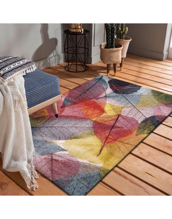 Wielokolorowy dywan do salonu z przepięknym motywem kolorowych liści.