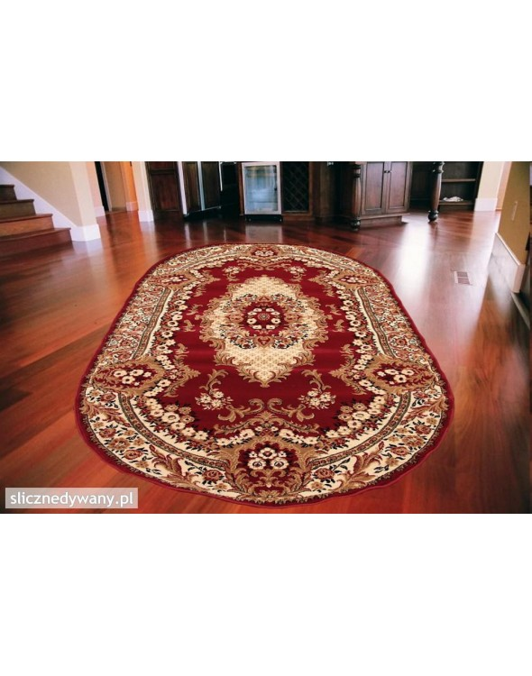 Klasyczny dywan do pokoju.