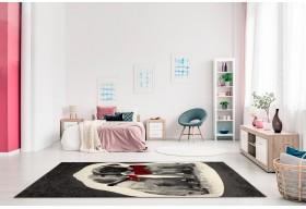 Modny, nowoczesny dywan do salonu.