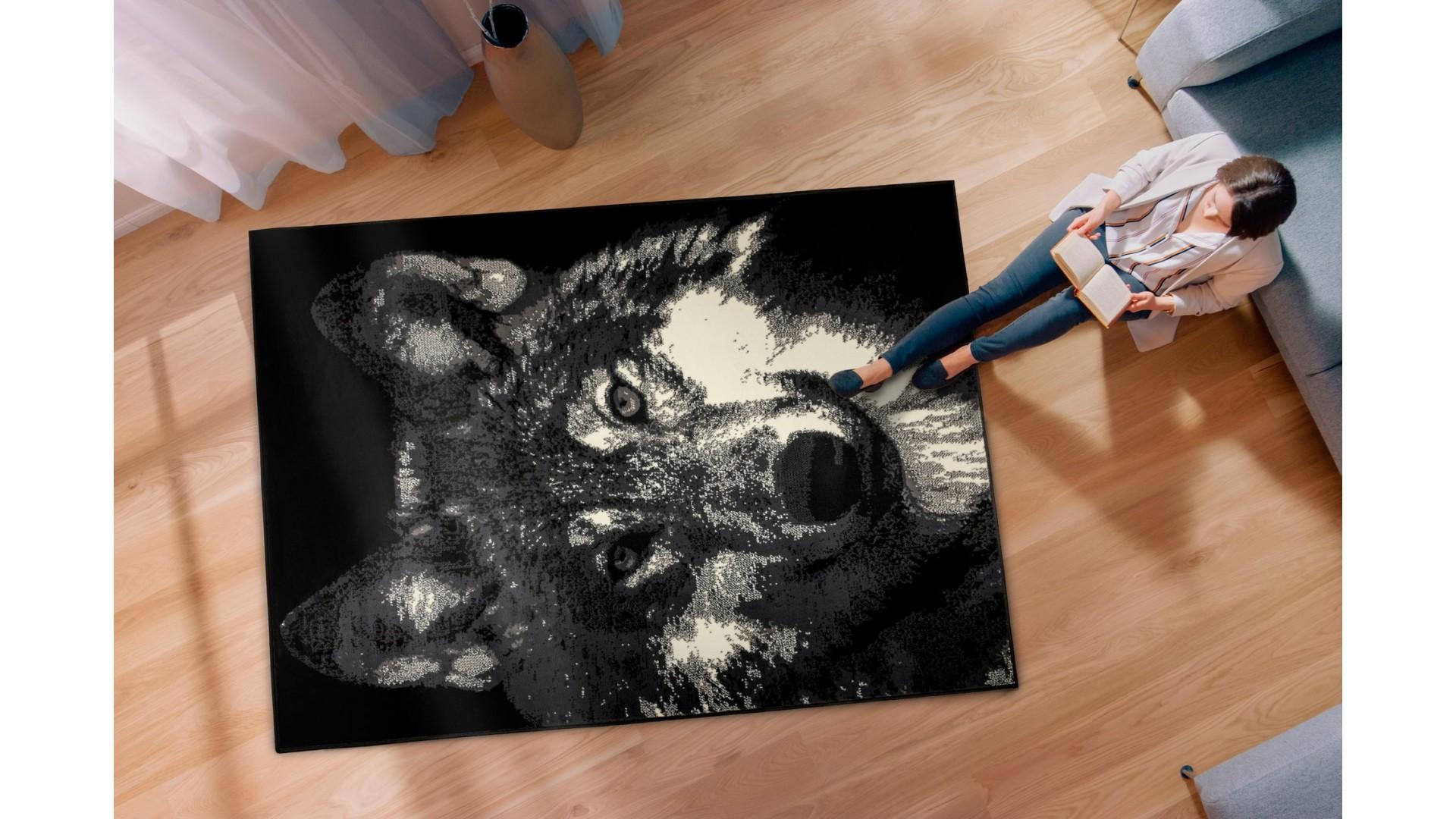 Modny czarny wilk NAIROBI.