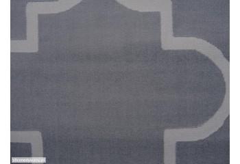 Dywan o wzorze marokańskiej koniczynki.