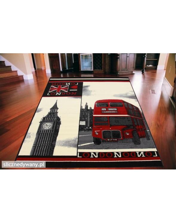 Modny dywan do każdego wnętrza.