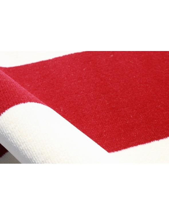 Piękne biało czerwone barwy.