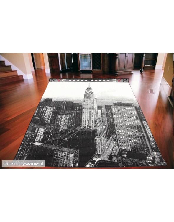 Dywan pokojowy młodzieżowy, dziecięcy z wieżowcem Chrysler Building.