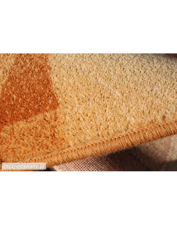 Dywany wełniane.