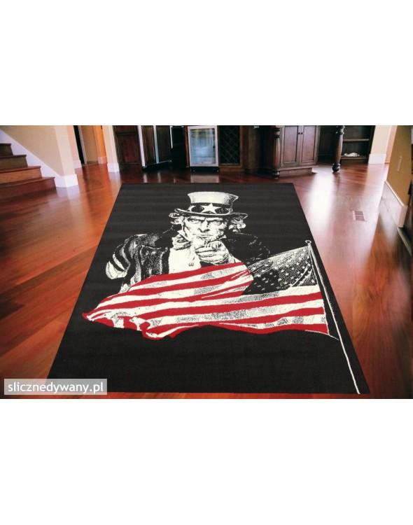 Modny dywan młodzieżowy.