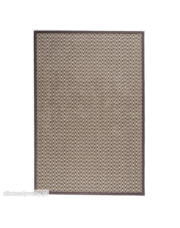 Przepiękny dywan nowoczesny do każdego wnętrza. Miękkie i grube runo.