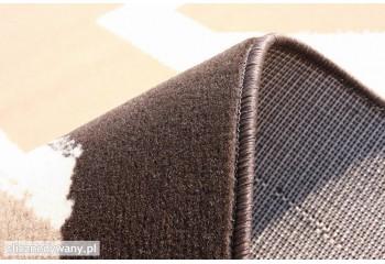 Ciekawy dywan do każdego modnego wnętrza.