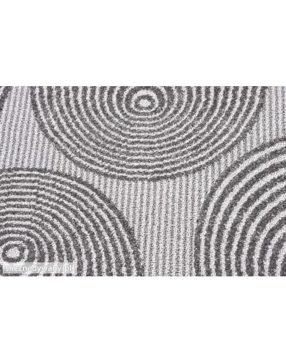 Wysoka jakość wykonania dywanu.