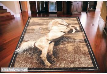 Nowoczesny dywan do pokoju dziecięcego.