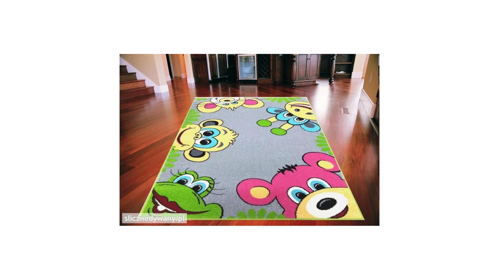 Dziecięcy dywan do pokoju.