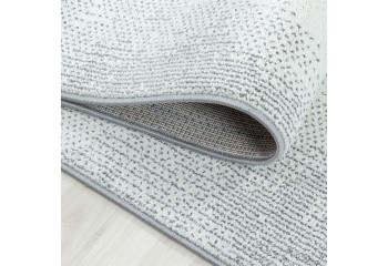 Doskonała jakoś i dbałość o detale sprawi, że dywan zadowoli każdego użytkownika.