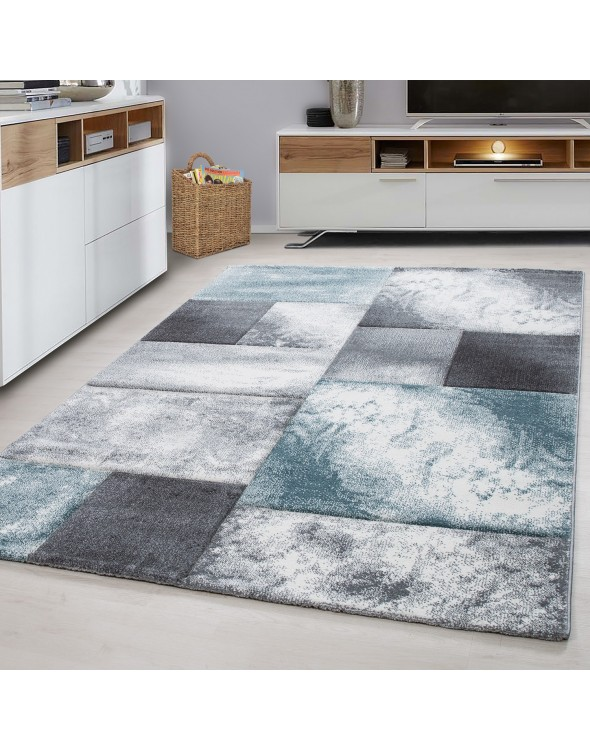 Nowoczesny dywan z miękkiej przędzy.