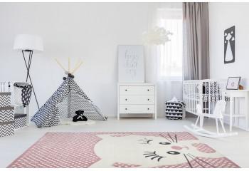 Bardzo dobrej klasy dywanik dla dziecka. Idealny dla dziewczynki do jej dziecięcego królestwa