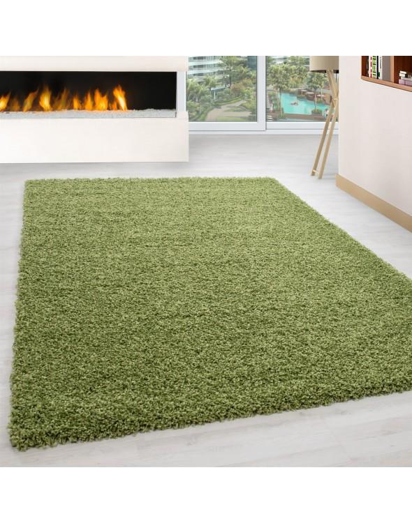 Piękne zielone odcienie dywanów.