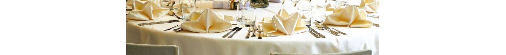 Obrusy na stół. Piękne, tanie, wysokiej jakości.