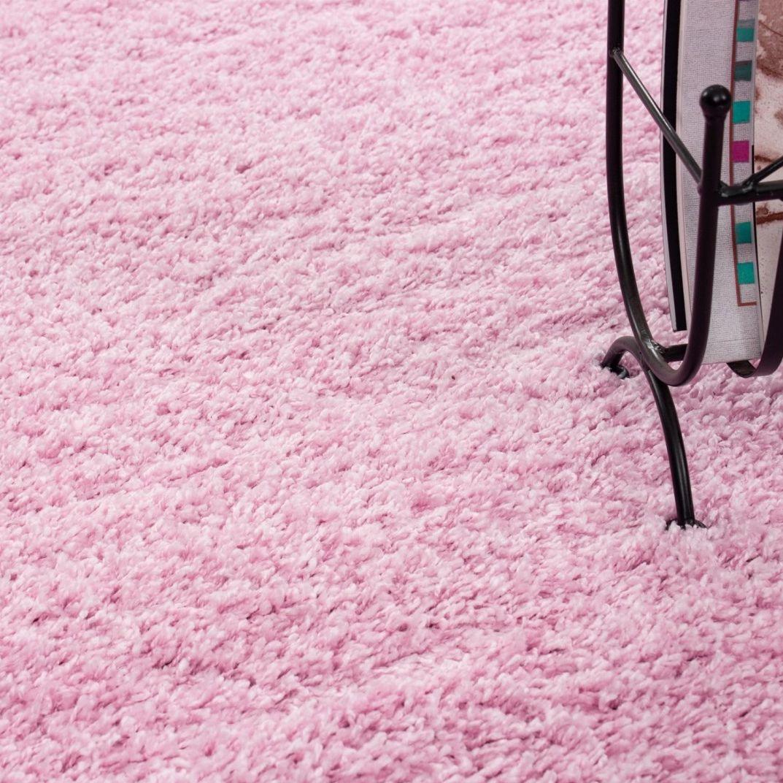 Niesamowicie piękny różowy Shaggy